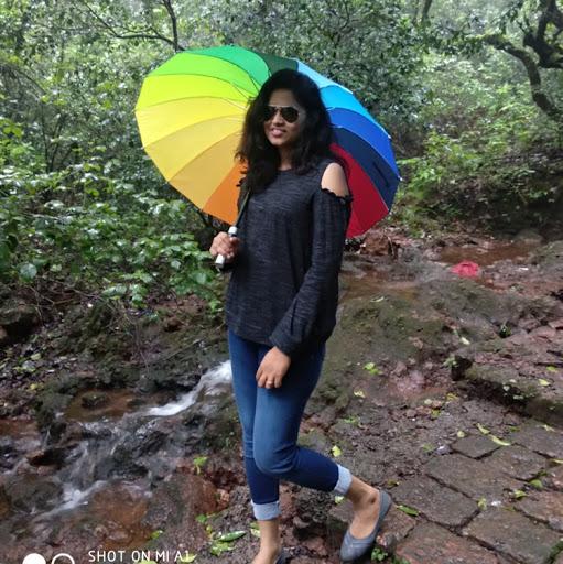 Swati Daundkar/Awari Profile Picture