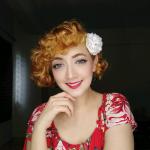Paloma Esoof Profile Picture